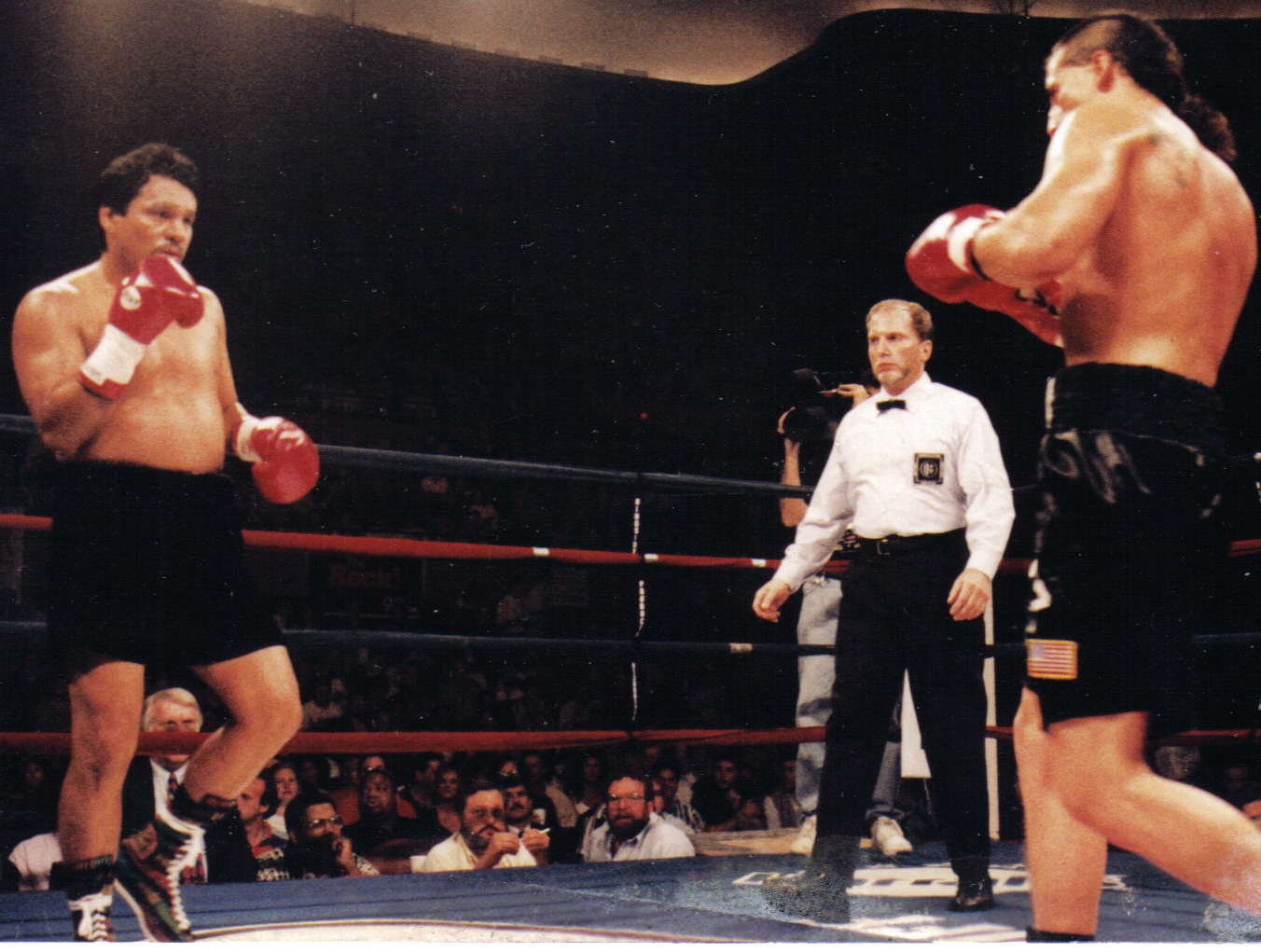 DURAN V MARTINEZ SATURDAY JUNE 95 KANSAS CITY MO.jpg