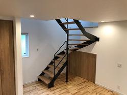 曲がり階段,スチール階段,鉄骨階段,