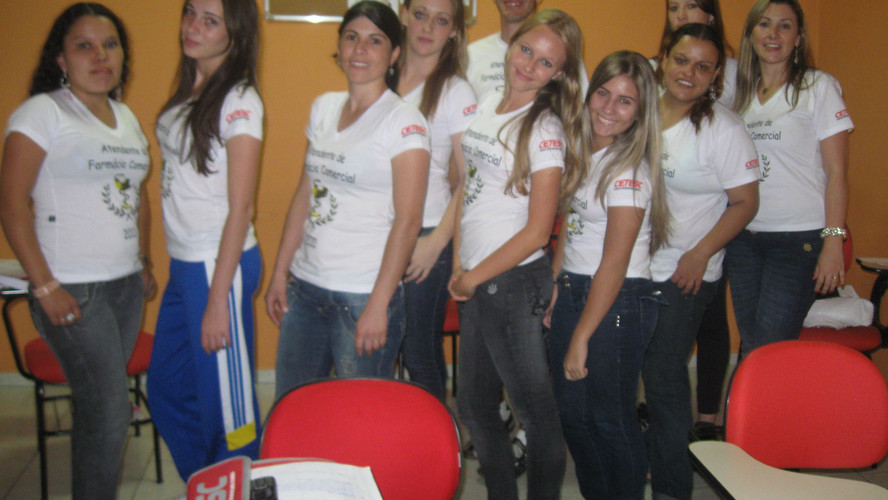 Atendentes Cetesc 2010-2011 17.jpg