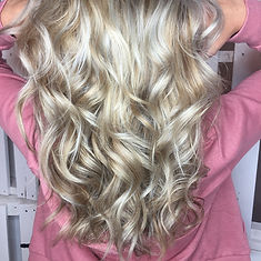 Gorgeous Blonde Hair Color with Natural Highlights