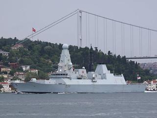 The Telegraph: Россия утверждает, что ее военный корабль дал предупредительный выст