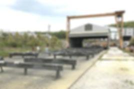 広い敷地面積 ストックヤード,100メートル 仮組立