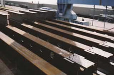 鉄骨本体工事,鋼材,母屋,階段
