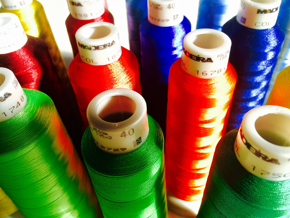 Stick Berufsbekleidung Bielefeld, T-Shirts bedrucken Bielefeld, Firmenkleidung Bielefeld, Arbeitskleidung Pflege, Arbeitskleidung mit Einzelnamen und Logostickerei, Personalisierte Arbeitskleidung