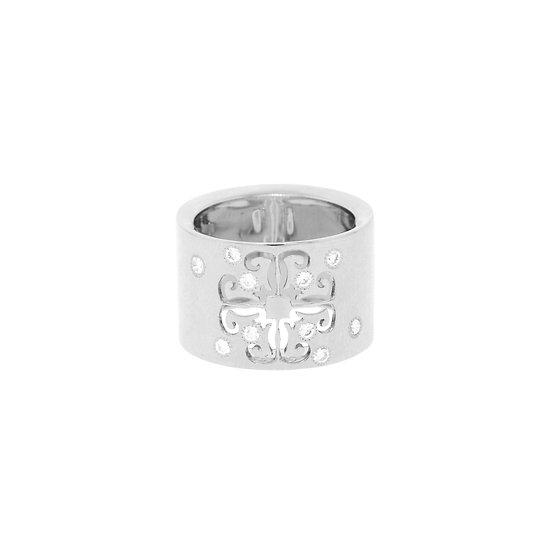 'Rusalka' quadrate ring
