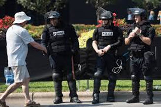 downloadRESPECTING OUR POLICE.jpg