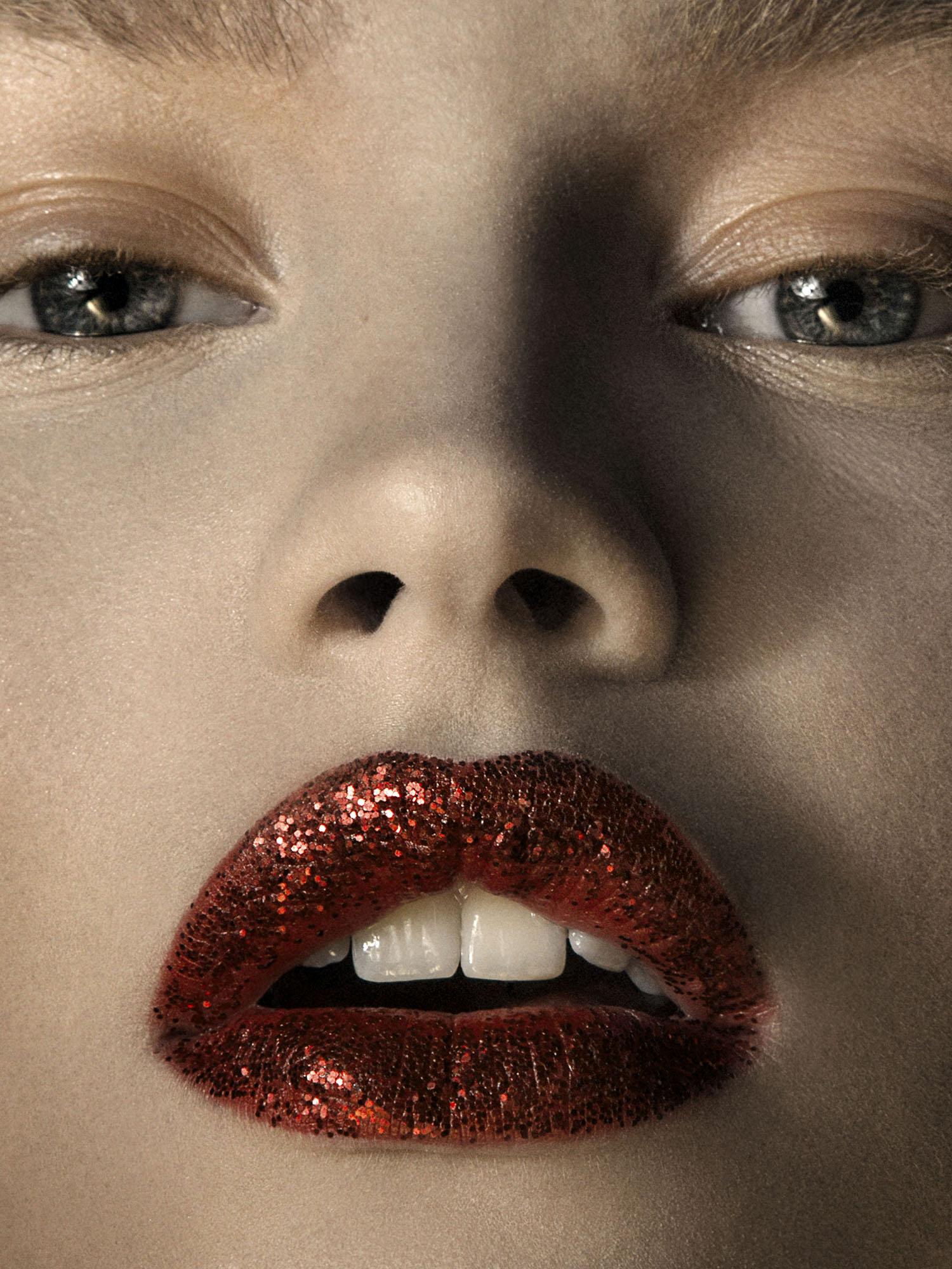 Glitter beauty 1