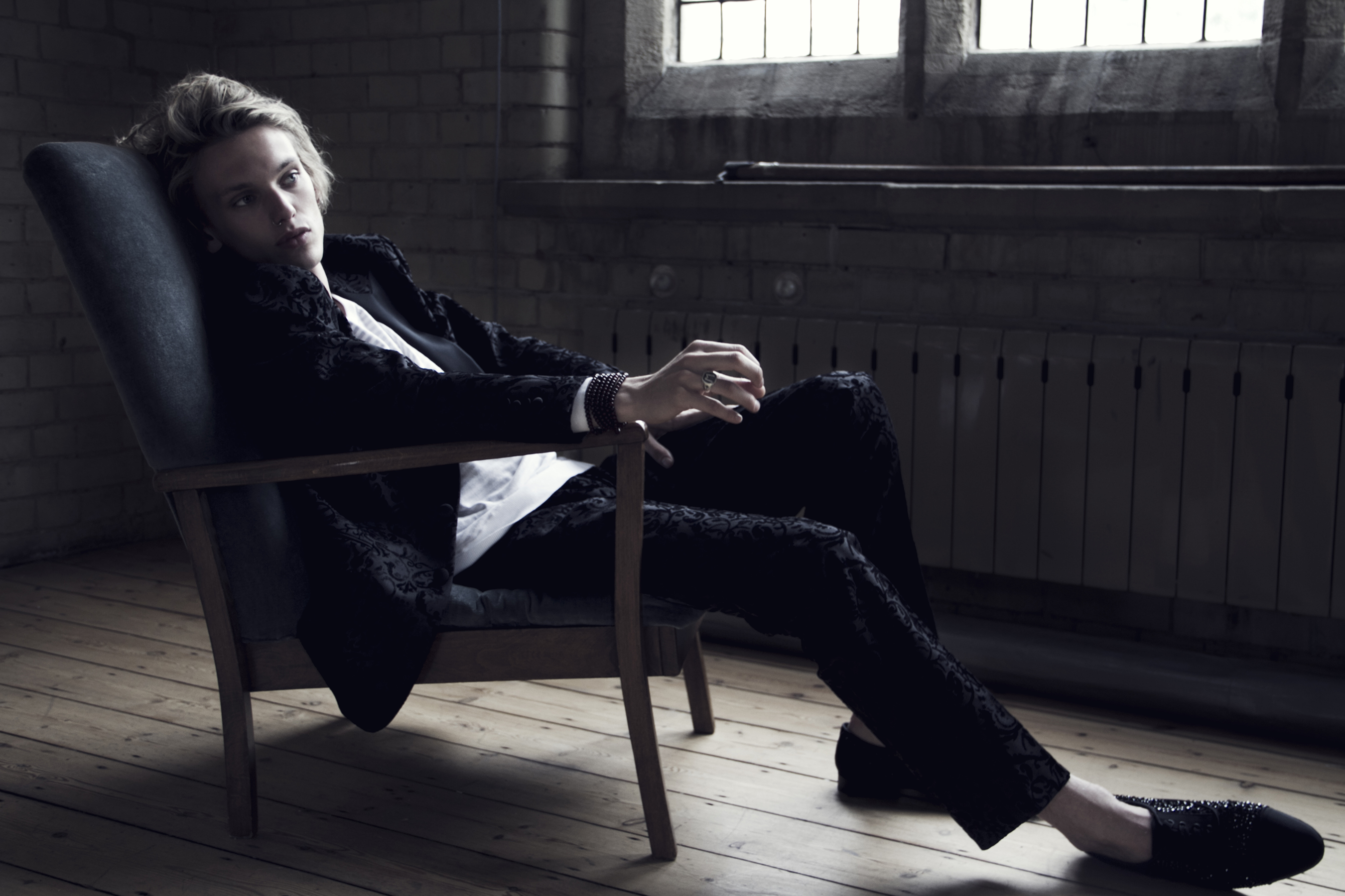 Jamie Campbell-Bower 1