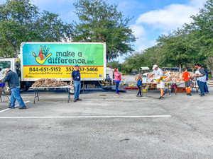 Mobile Food Pantry Lowes 12.25.19