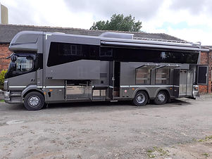 Daf LF55-250 21ton  Brand new coach built with 3 slide outs!!