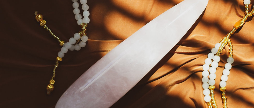 Rose Quartz Straight Yoni Wand // GIA Certified