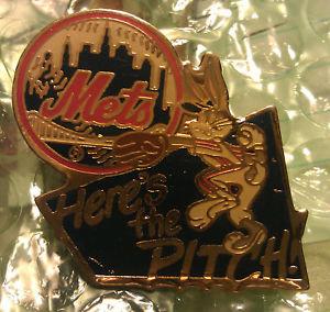 NEW YORK METS Bugs Bunny LAPEL PIN