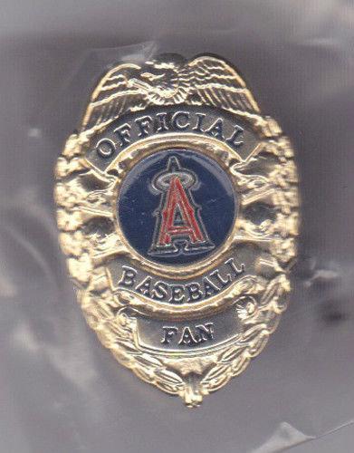 Los Angeles ANGELS OFFICIAL BASEBALL FAN BADGE PIN