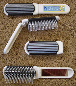 LOS ANGELES DODGERS Folding Hair Brush with Mirror