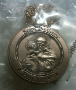 """Saint Anthony """"Pray for Us"""" Gold Pendant w/Chain"""
