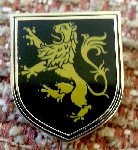 LION RAMPANT (BLACK SHIELD) HERALDIC LAPEL PIN