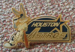 HOUSTON ASTROS Bugs Bunny LAPEL PIN