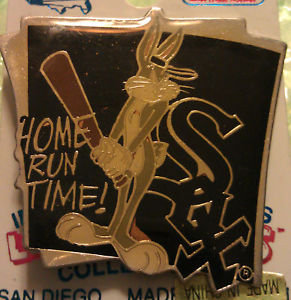 CHICAGO WHITE SOX Bugs Bunny LAPEL PIN