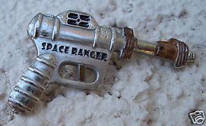 BUCK ROGERS SPACE RANGER RAY GUN Lapel Pin