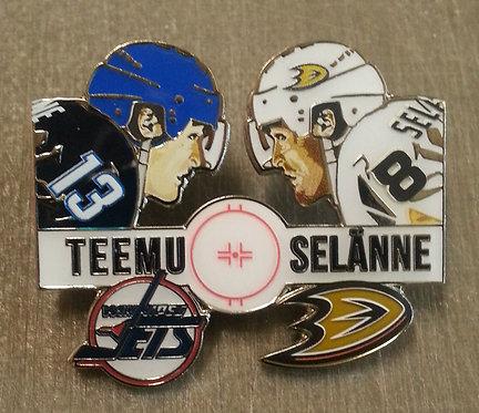 """TEEMU SELANNE """"Face Off"""" -  Jets/Ducks Lapel Pin"""