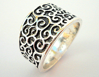 Oxidized Black Silver filigree spirals ring