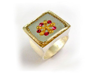 Square ring gold flower and 5 pink svarovsky