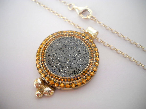 Grey gold pendant necklace