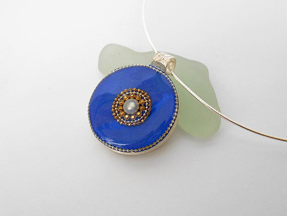 Royal blue necklace Pearl pendant
