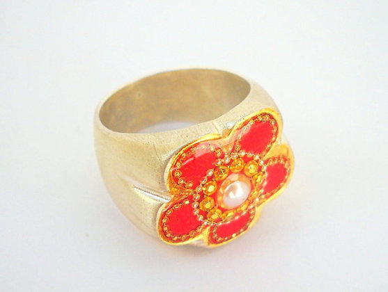 Pearl ring Red flower
