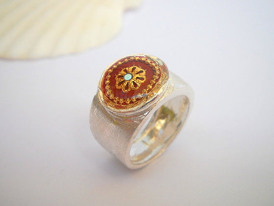 Filigree flower ring