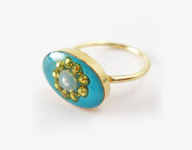 Turquoise blue oval gold-filled pearl ring