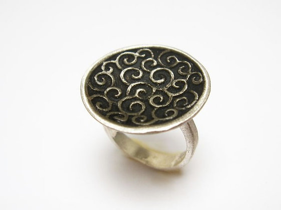 Black silver spirals ring