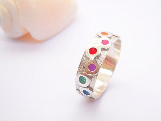 Colorful circles band ring