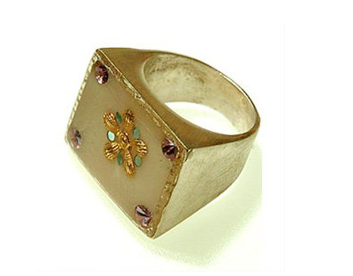Rectangle white ring with gold flower and zircons