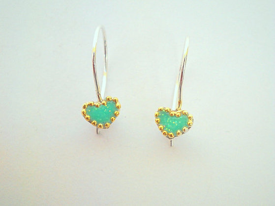 Heart earrings with short hooks