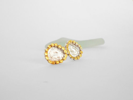 Gold silver dotted stud earrings