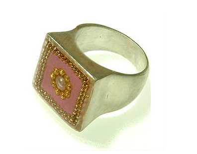 Pink square  ring with pearl stone