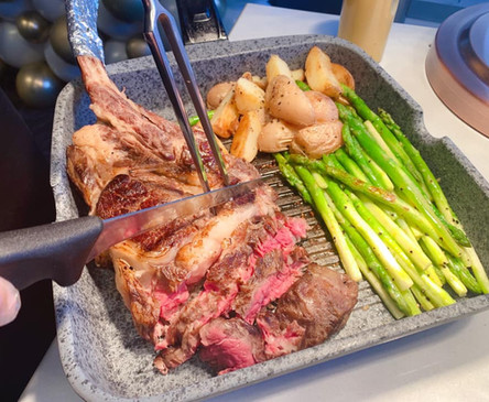 Slow-cooked Tomahawk Steak 1.jpg