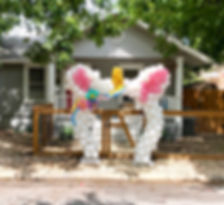 balloon-garland-in-unicorn-shape-with-wh