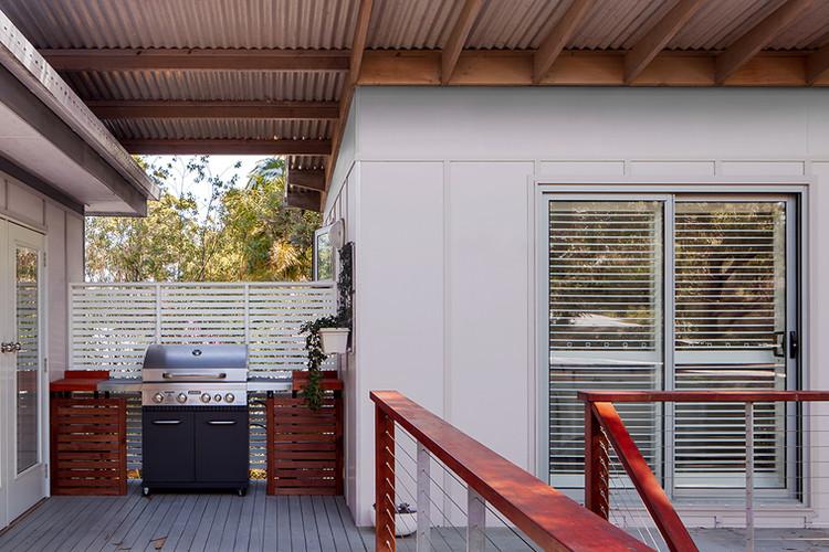 Beach House Extension 2