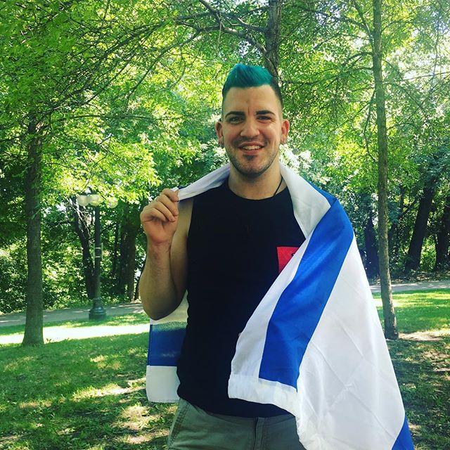 _mrgaytlv just a nice Jewish boy 🇨🇦🇮🇱🏳️🌈 #winnipeg #manitoba #canada #gay #photography #model