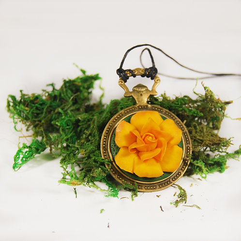 Pandantiv trandafir portocaliu