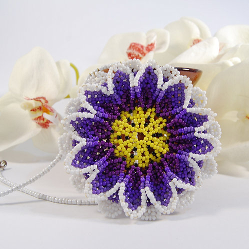 Floare margele mov, in stil Huichol