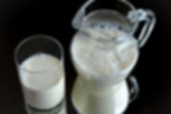milk-glass-frisch-healthy-46520.jpeg