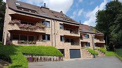 Lumineux appartement 2 chambres de 103 m² + terrasse + parking à Forest