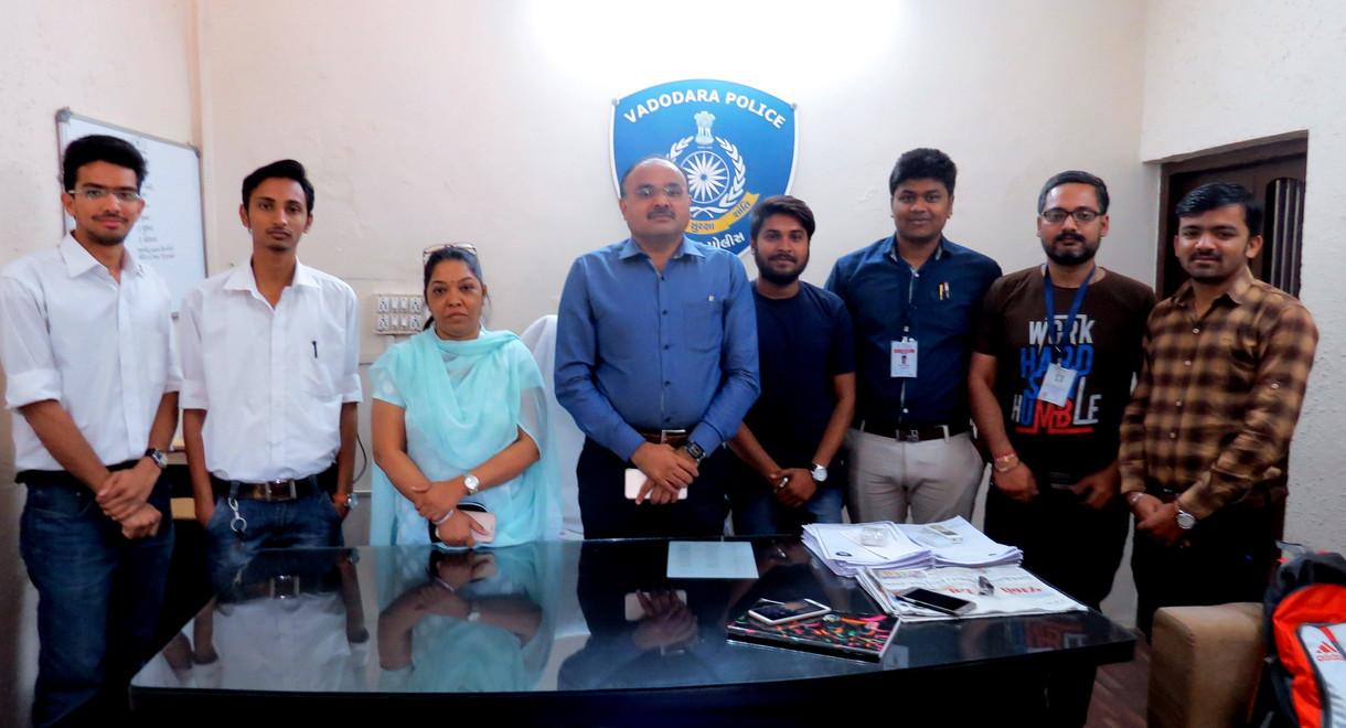 PMLG batch 2016-17 with Vadodara Police