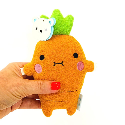 Cuddly carrot