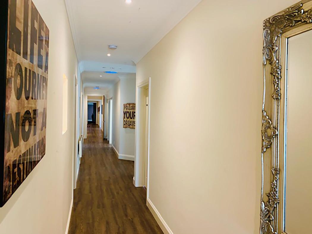 Luxury Accommodation - The Summit25