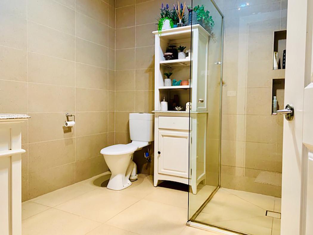 Luxury Accommodation - The Summit21
