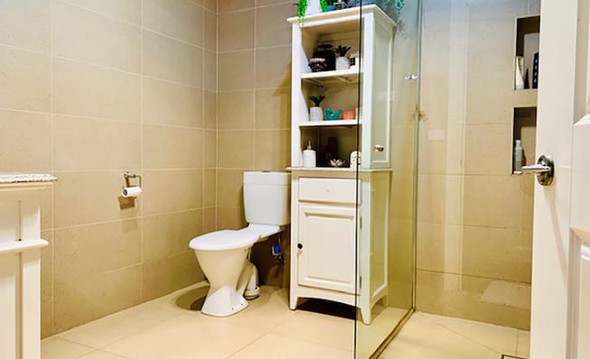 Luxury Accommodation - The Summit33